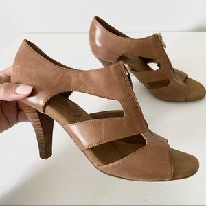 Adrienne Vittadini leather tan brown cut out heels